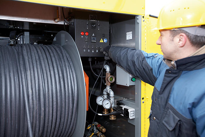 Ground heater HSH700 - in action: Control system